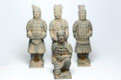 Терракотовые ратники с терракотовой предпосылкой ратников старым фарфором Стоковая Фотография RF