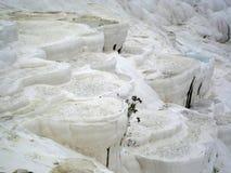 Террасы травертина на Pamukkale (Турция) Стоковые Изображения