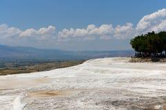 Террасы травертина Pamukkale, Турция Стоковое Изображение RF