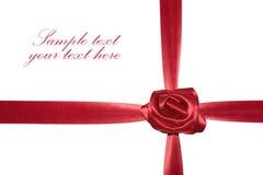 тесемка красного цвета подарка смычка Стоковая Фотография RF