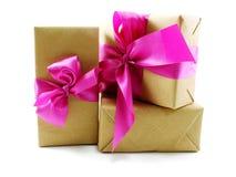 тесемка пинка подарка коробки смычка Стоковое Изображение