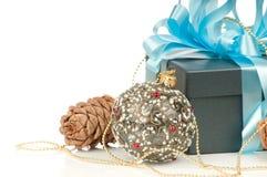 тесемка подарка голубой коробки Стоковое Изображение RF