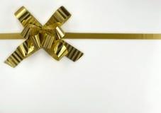 тесемка подарка золотистая Стоковые Изображения RF