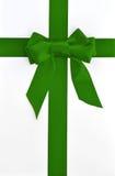тесемка праздника зеленого цвета подарка коробки смычка Стоковые Фотографии RF