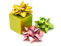 тесемки зеленого цвета подарка коробки Стоковое Изображение