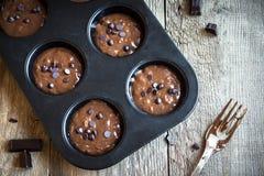 Тесто пирожных или булочек шоколада сырцовое Стоковые Фото