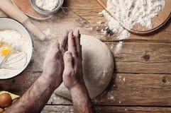 тесто хлеба близкое составляя Стоковая Фотография RF