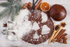 Тесто для печений, специи и ингридиента рождества для печь пряника Стоковое Изображение RF
