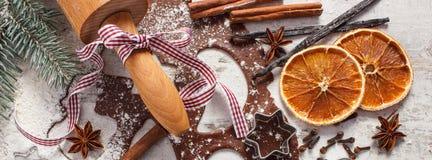 Тесто для печений, специи и ингридиента рождества для печь пряника Стоковое Изображение