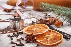 Тесто для печений, специи и ингридиента рождества для печь пряника Стоковая Фотография