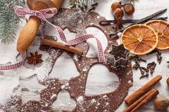 Тесто для печений, специи и ингридиента рождества для печь пряника Стоковые Изображения
