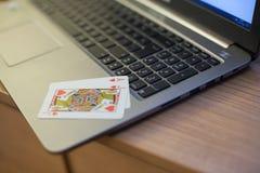 Тетрадь 2 играя карточек Стоковое фото RF