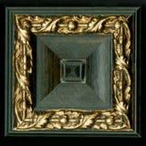 Тетраэдрическая квадратная декоративная розетка деревянных обрамляя прокладок Стоковая Фотография