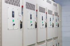 Технический дисплей на пульте управления с dev электротехнического оборудования Стоковые Изображения