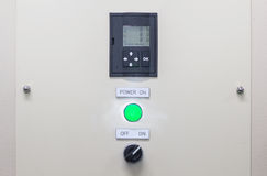 Технический дисплей на пульте управления с dev электротехнического оборудования Стоковое Изображение RF