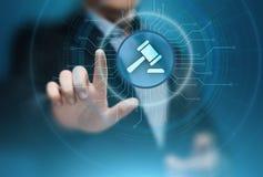 Технология интернета аукциона юриста дела поверенного в суде законная Стоковое фото RF