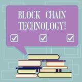 Технология цепи блока показа знака текста Схематический гроссбух цифров фото, который хранят в куче сети распределения неровной H иллюстрация штока