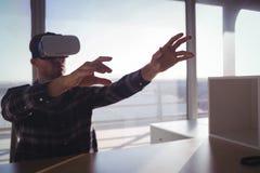 Технология виртуальной реальности испытания предпринимателя Стоковая Фотография RF