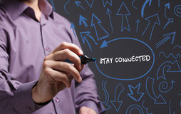Технология, интернет, дело и маркетинг детеныши бизнесмена Стоковая Фотография