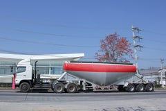 Тележка груза танка цемента Стоковое Фото