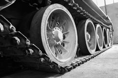 Тележка и колеса советского танка Стоковые Изображения