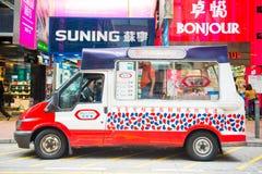 Тележка мороженого на дороге Стоковое фото RF