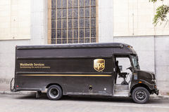Тележка поставки UPS в Соединенных Штатах Стоковая Фотография