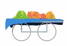 Тележка плодоовощ в базаре с 4 различными видами плодоовощей Стоковая Фотография RF