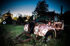 тележка фермы старая Стоковые Изображения