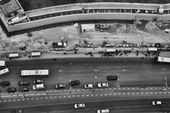 Тель-Авив - 10 06 2017: Вид с воздуха на дорогах и propert Тель-Авив Стоковая Фотография