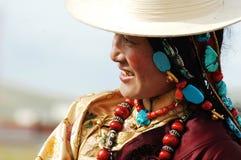 тибетская женщина стоковые изображения