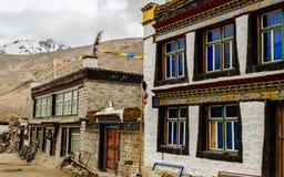 Тибетские дома в деревне Стоковое Изображение RF