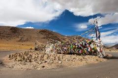 Тибетские флаги молитве Стоковая Фотография