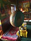 Тибетский барабанчик молитве на монастыре Mulbek, Leh, Стоковая Фотография RF