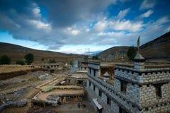 Тибетское село в утре стоковое фото