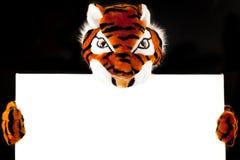 Тигр с пустым знаком Стоковые Изображения