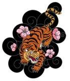 Тигр с цветком и японская татуировка облака конструируют вектор Стоковые Изображения