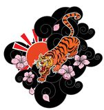 Тигр с цветком и японская татуировка облака конструируют вектор Стоковые Изображения RF