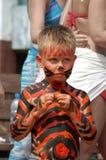 тигр litle мальчика bodyart пляжа Стоковое Изображение