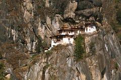 тигр taktshang гнездя s скита Бутана Стоковая Фотография