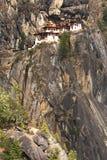 тигр taktshang гнездя s скита Бутана Стоковые Изображения