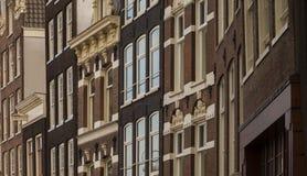 Типичная архитектура голландского фронта зданий Стоковые Изображения RF