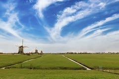 Типичная голландская ветрянка, Нидерланды Стоковая Фотография RF