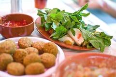 Типичная иорданская еда стоковые фотографии rf