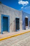 Типичная колониальная улица в Кампече, Мексика Стоковые Фото