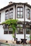 Типичная старая болгарская архитектура, Tryavna Стоковые Фотографии RF