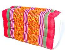 Типичная тайская подушка стиля на белой предпосылке стоковые изображения rf