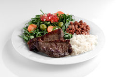 Типичная тарелка Бразилии, риса и фасолей Стоковые Фотографии RF