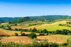 Типичная тосканская панорама страны около Massa Marittima GR, Италии Стоковое фото RF