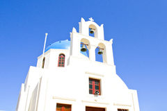 Типичная церковь Santorini острова Стоковое Изображение